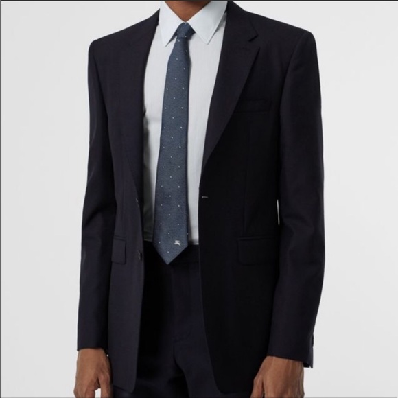 Burberry Other - 48R Burberry Suit
